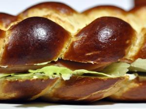Laugenherzsandwich